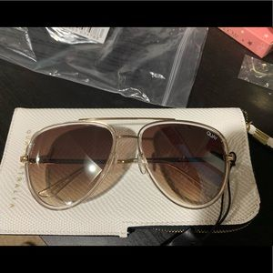 New All In Quay sunnies